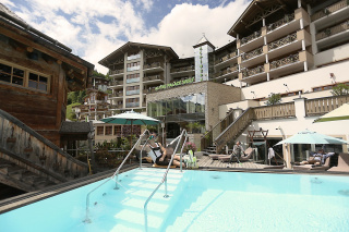 Hotel Alpine Palace *****s-Sportherz Guide